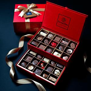 Colecția Bijoux & Love